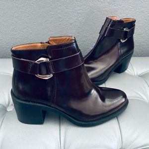NEW! Zara Trafaluc Leather Ankle Boots w/ Zippers